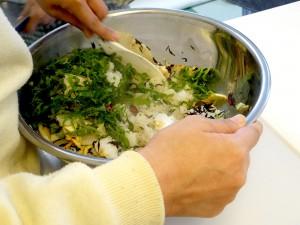 焼き大根の香り混ぜご飯-仕上げ