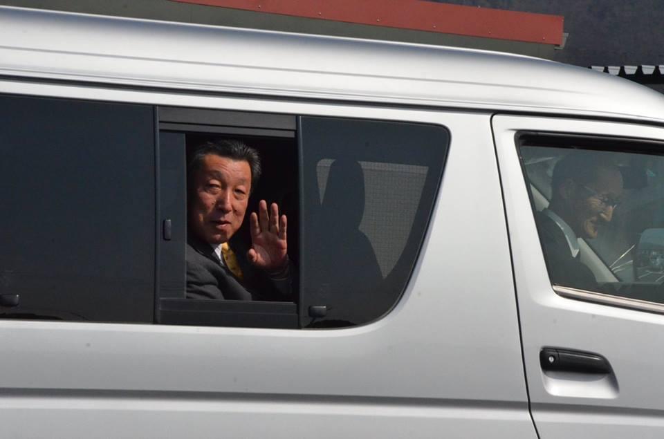 復興副大臣が石巻市の仮設住宅を視察